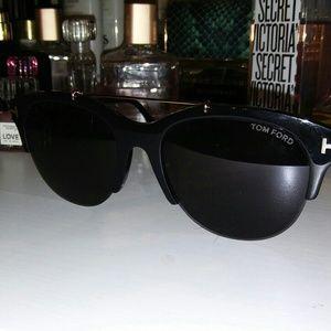 Tom Ford Adrenne TF 517 Unisex sunglasses